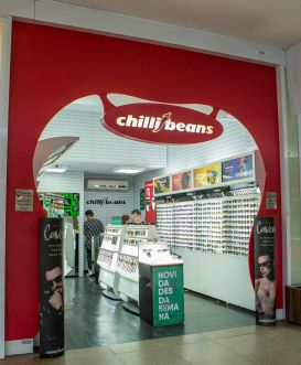 25545bf70b761 ... www.chillibeans.com.br
